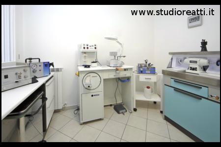 studio-dentistico-bologna-dottor-reatti-massimo-medico-chirurgo-odontoiatra-(0)